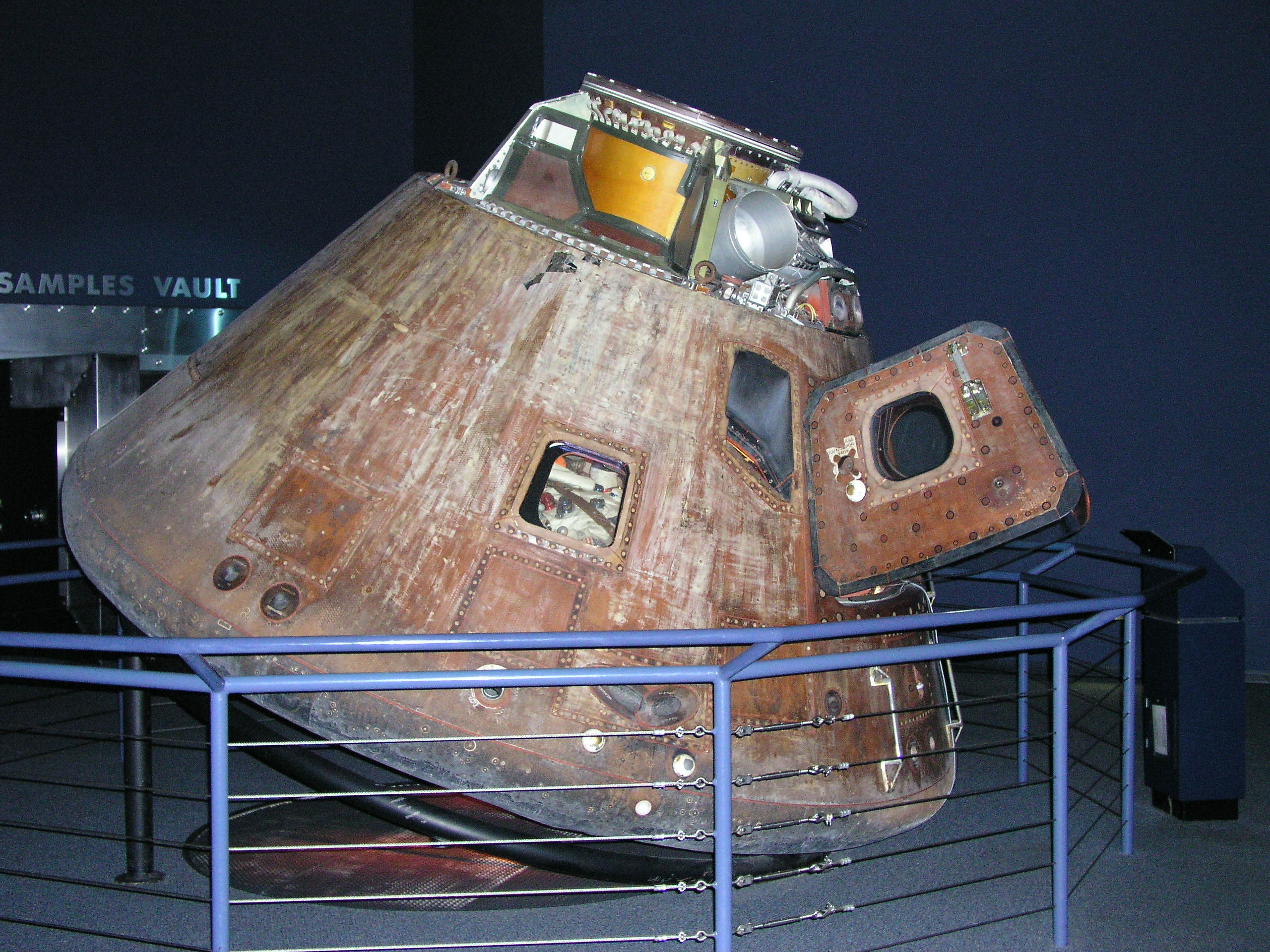 Houston Apollo Command Module (page 2) - Pics about space